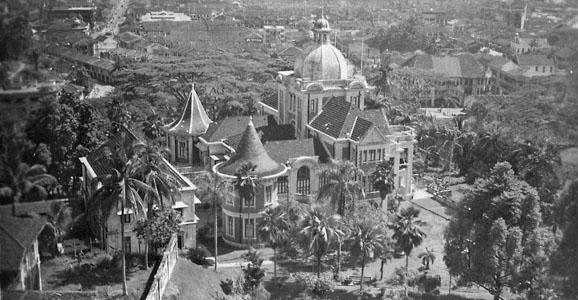 Eu Villa - the magical home of Eu Tong Sen (Source: www.singapedia.com.sg).