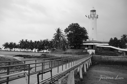 """Pulau Satumu or """"One Tree Island"""", the southernmost island of Singapore, is home to Raffles Lighthouse."""