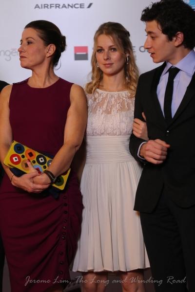 Ms Fleur-Lise Heuet (centre).