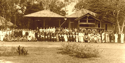 The crematorium at the Japanese Cemetery seen prior to the war (source: http://a2o.nas.sg/picas).