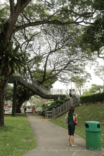 The sidewalks just below the slope up to Novena Church were always busy on Saturdays when many stalls selling food and snacks were set up to cater for the church going crowd.