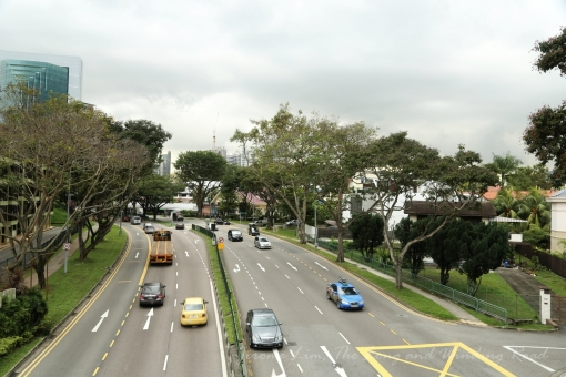 The stretch has seen many significant changes including being widened, but does contain a few recognisable landmarks.