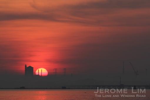The rising sun, 7.12 am, 30 March 2013.