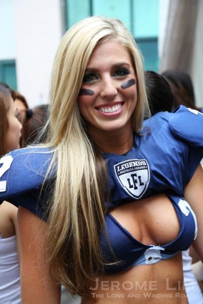 Natalie Jahnke, a Linebacker from LA Temptation.