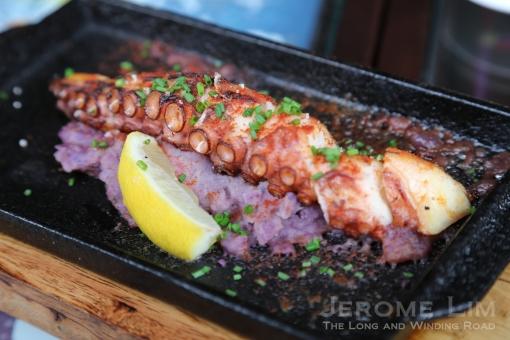 "El Pulpo -Grilled Octopus leg, ""Viola"" Mash Potato, Sauce Paprika."