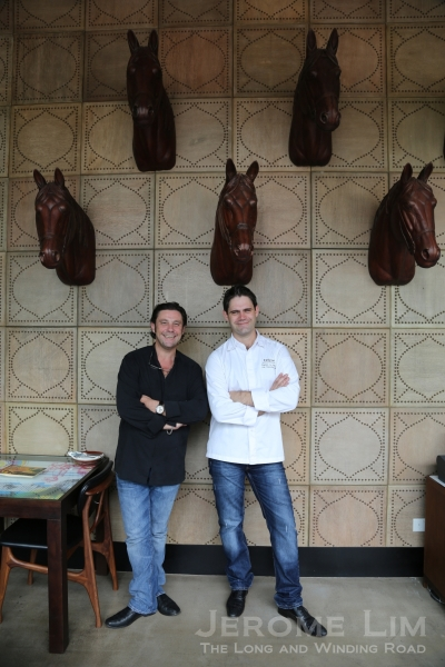 Deliciae's Group Executive Chef Damien Le Bihan (R) posing with Bruno Menard (L) the first Singapore based Michelin Star Chef who dropped by to say hi.