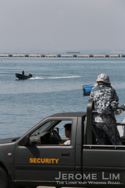 A RHIB carrying divers.