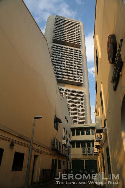 Boat Quay is also close to the skyscrapers of the commercial district.