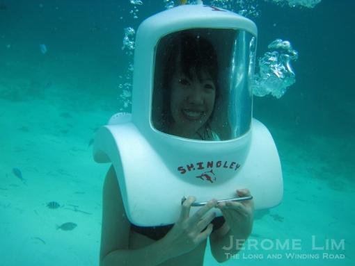 Melissa underwater.