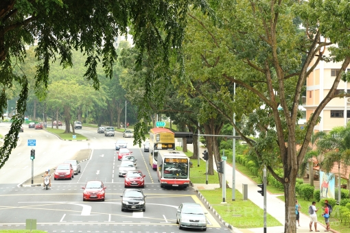 Te stretch of Ang Mo Kio Avenue 6 where the temporary terminal moved to in the very late 1970s.