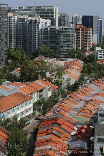 Another look at Emerald Hill and part of the area to its right where the first rail line in Singapore ran through to Tank Road.