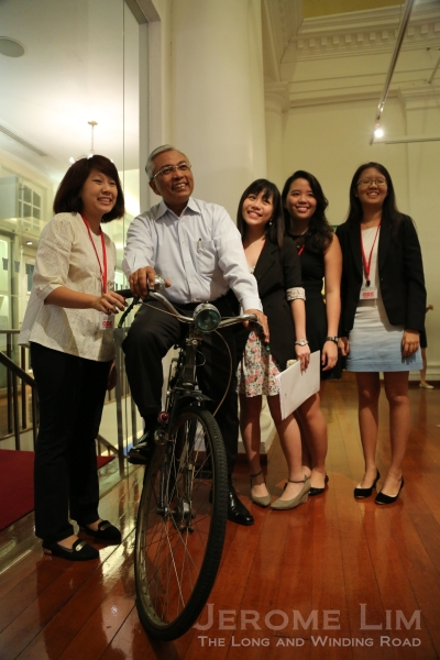 Mr Hazawi Daipi and the four NTU undergraduates, taking a trip down the avenue to the 1960s.