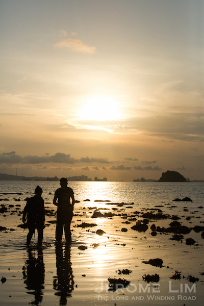 Finding romance on Terumbu Semakau with the rising of the sun.