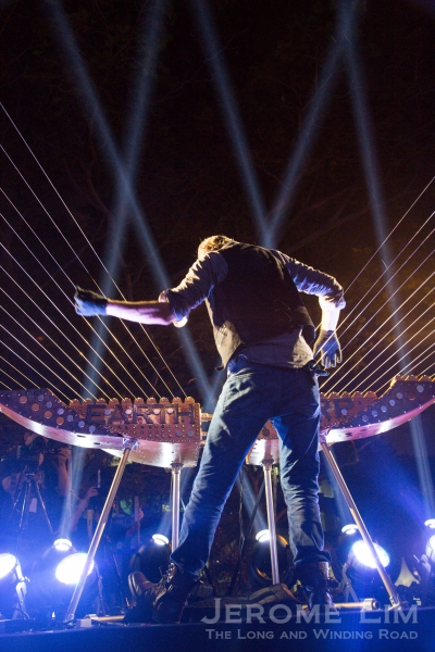 The highlight of this year's Singapore Night Festival has to be The Earth Harp at the National Museum's front lawn.