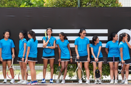 RGS tennis players waiting in anticipation.