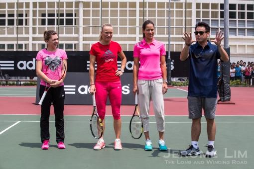 Soo Kui Jen introducing Simona Halep, Caroline Wozniacki, Ana Ivanovic at RI.