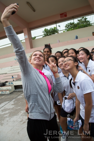 Simona Halep taking a wefie with the MGS girls.
