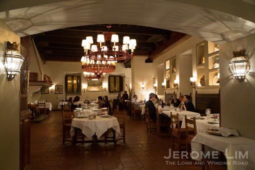 The traditional setting of the Restaurante Hostería del Estudiante.