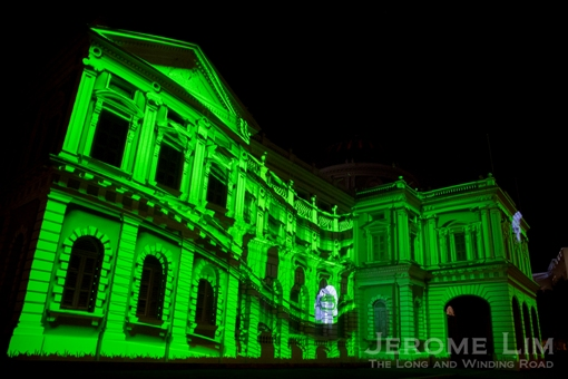 Annoki Celebrate Singapore on the façade of the National Museum of Singapore.