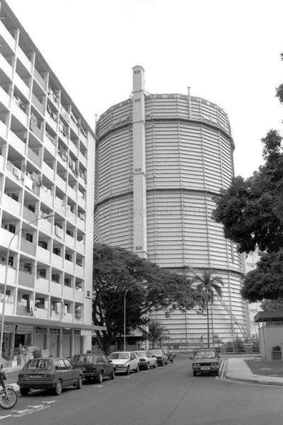 The gas holder (photo: National Archives of Singapore).