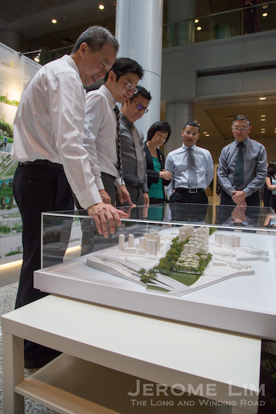 Minister for National Development , Mr Lawrence Wong viewing MKPL/ Turenscape's winning proposal for Choa Chu Kang.