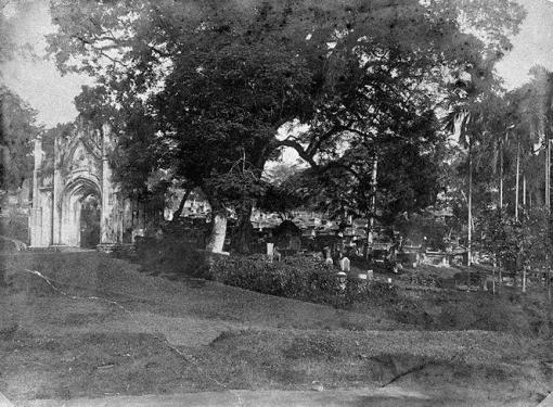 The south east corner of the cemetery in 1921 (The cemetery seen in 1912 (photo online at http://www.nas.gov.sg/archivesonline/).