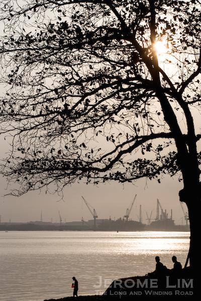 (49) The Straits of Johor at Sembawang.
