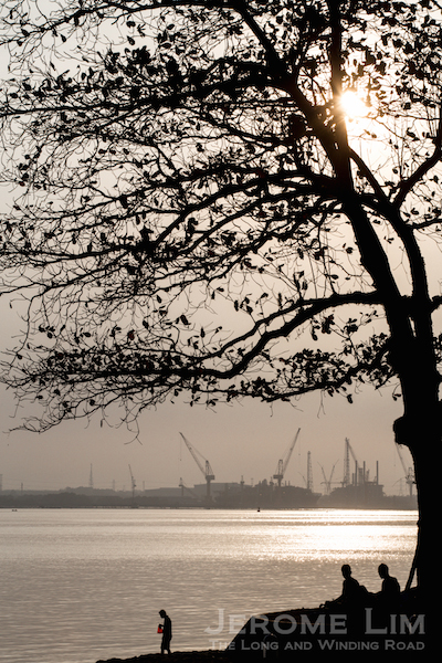 (49) The Straits of Johor at Sembawang.