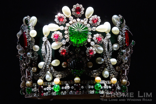 A replica of the crown created by the Maison for the coronation of Empress Farah Pahlavi of Iran.