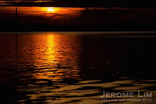 The rising sun, 6.50 am, 24 November 2014.