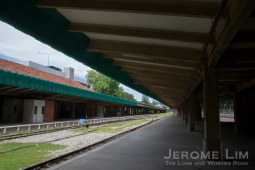 A part of the platforms where one could watch the world go slowly by over a cup of teh tarik in the station's last days.