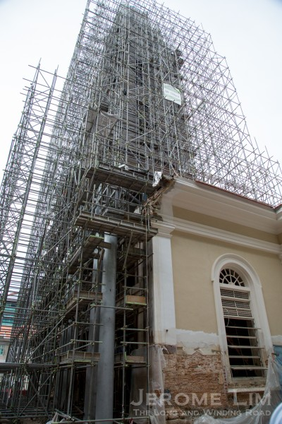 The view during the restoration, when steel columns were introduced (to be clad with masonry) for reasons of weight and time when the original structure gave way.
